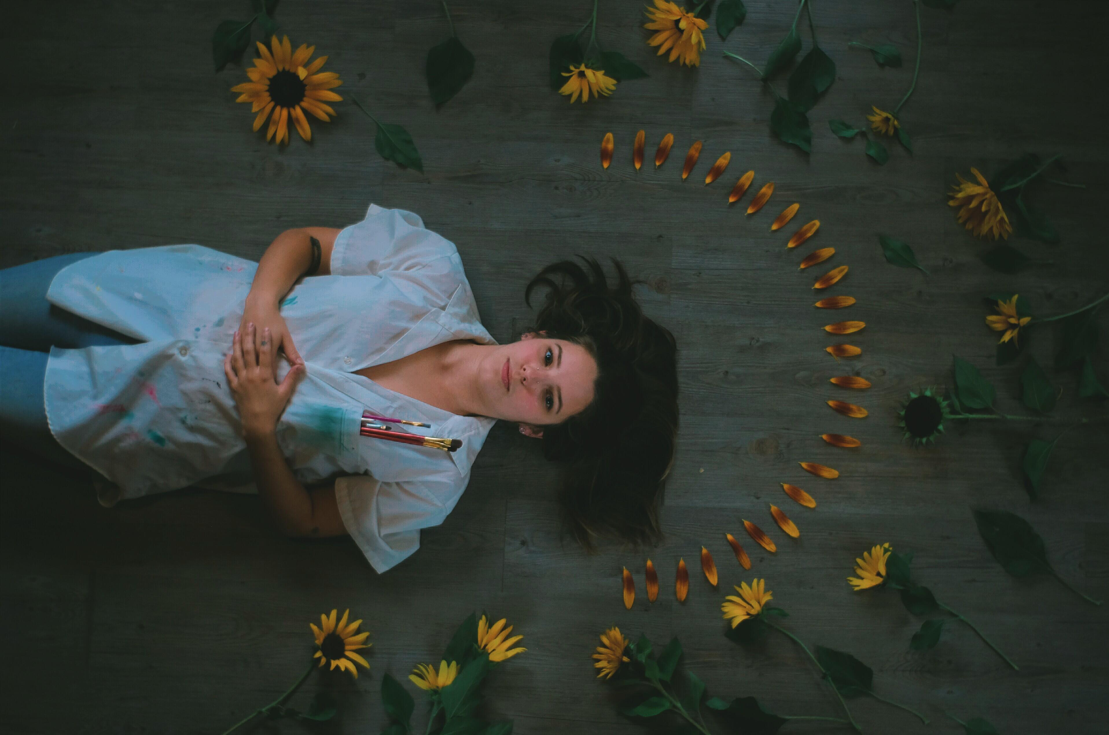 laina mcphee, flowers, sunflowers, birds eye view, portrait, Lindsey tyne johnson